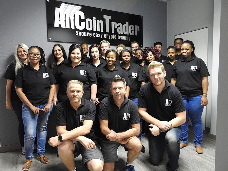 bitcoin altcoin trading aki befektetett bitcoinbe